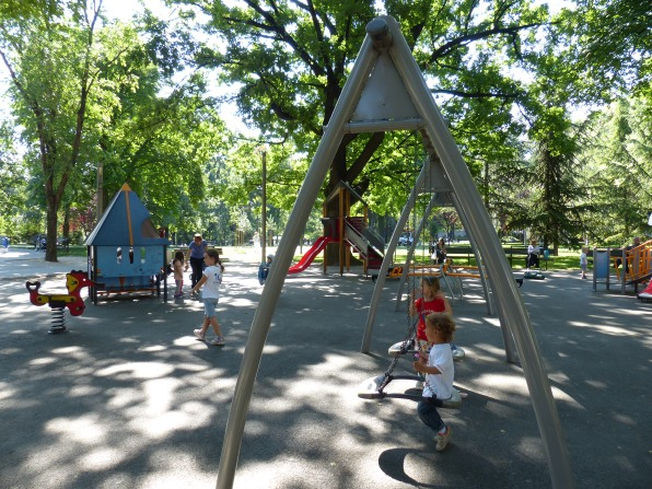 First playground of the morning in Tašmajdan Park, where we found a sidewalk cafe and the kids could run free.